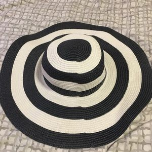 Accessories - Striped Floppy Sun Hat